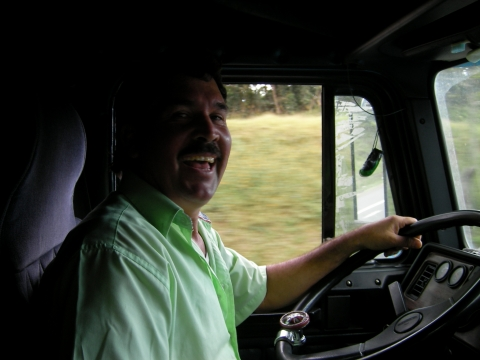 Mainor, the nice truck driver, Manolos CR