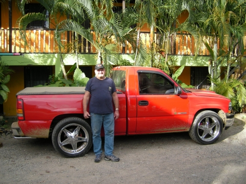 Larry from Florida in front of his pickup